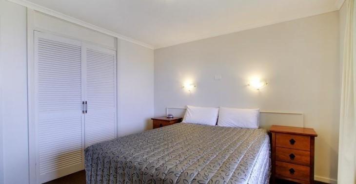 Main to bedroom